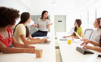 Những thói quen tưởng chừng vô hại lại khiến bạn mất điểm nơi chốn công sở