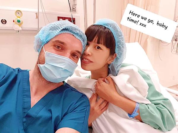 Siêu mẫu Hà Anh hạnh phúc sinh con gái đầu lòng bằng phương pháp sinh mổ