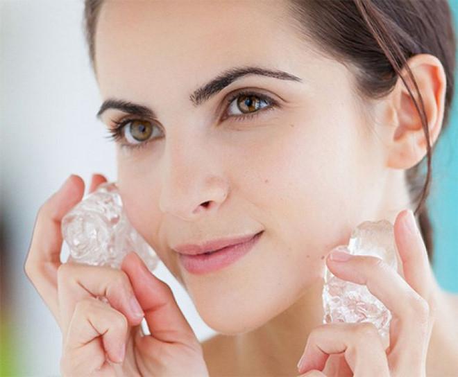 13 công dụng làm đẹp da của đá lạnh có thể bạn chưa biết
