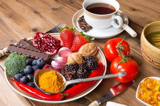 Bí quyết ăn uống cho người suy giãn tĩnh mạch
