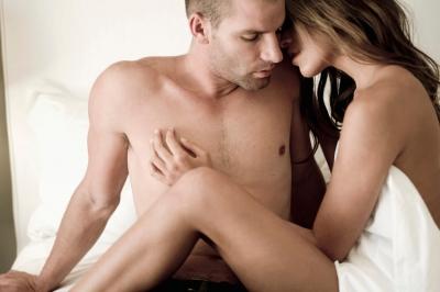 """Những """"điểm G"""" bí mật trên cơ thể chàng mà nàng cần biết để \"""