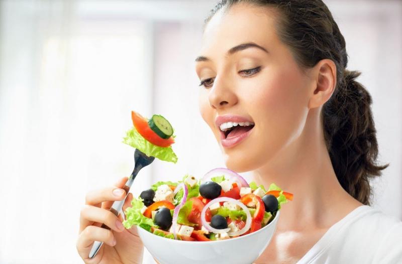 Thanh lọc cơ thể, giải độc gan bằng rau củ quả hàng ngày