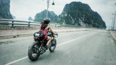 Yêu một cô nàng thích du lịch bụi, anh có dám không?